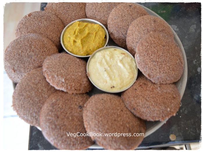 Ragi/Millet/Bhakri Idli served with coconut chutney and zuchchini/courgettes chutney